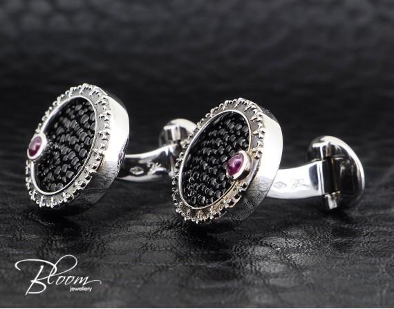 Stylish Stingray Cufflinkls with Ruby and White Gold