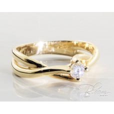 Yellow Gold Engagement Ring with Diamond 18K
