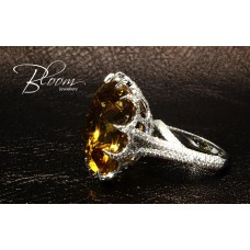 Gorgeous Citrine Ring Fancy Design