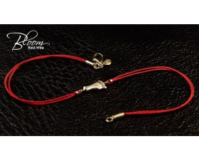 Baby Foot Red String Bracelet 18K Solid Gold and Natural Diamond