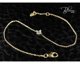 Delicate Yellow Gold Diamond Bracelet