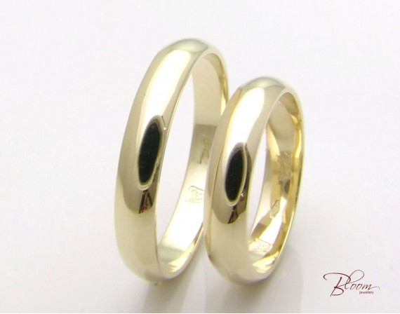 Classic Wedding Rings in 14K Gold
