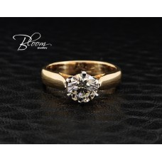 Stunning Engagement Ring One Carat Real Diamond Solid 18K Gold