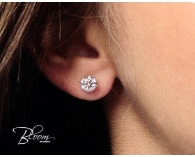 Wonderful White Gold Diamond Earrings
