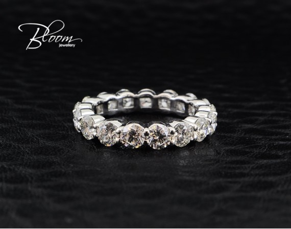 Diamond Eternity Ring 3 Carat 18K White Gold Wedding Band