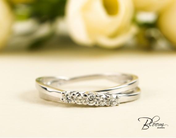 Unique Diamond Ring 18K White Gold Bloom Jewellery