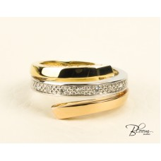 Tricolor Diamond Ring 18K Rose, White and Yellow Gold Guy Laroche
