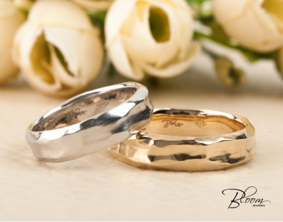 Hammered Wedding Bands made of Solid 14K Gold White Yellow or Rose Bloom Jewellery