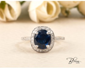 Blue Sapphire Halo Ring with Diamond Stones made of 18K White Gold Bloom Jewellery
