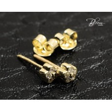 Small Cubic Zirconia Stud Earrings in14K Yellow Gold
