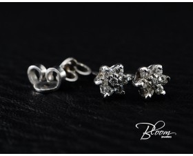 Flower White Gold Diamond Studs